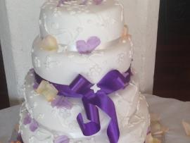 Lace Pattern Wedding Cake